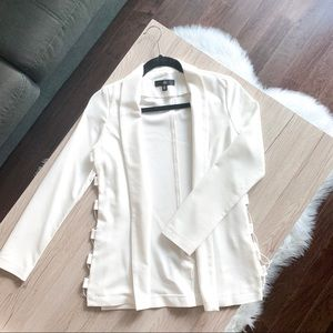 MISSGUIDED White Blazer W/ Side Cutouts